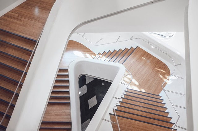 stairs-2203730_640