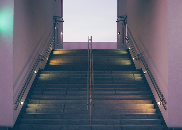 stairs-925509_640